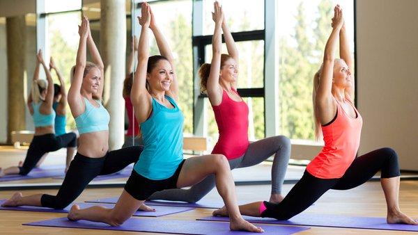 Yoga cũng là lựa chọn tốt để giảm cân