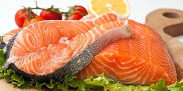 Cá hồi là thực phẩm nên sử dụng
