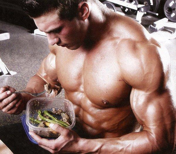 chế độ ăn ảnh hưởng trực tiếp đến quá trình tăng cơ