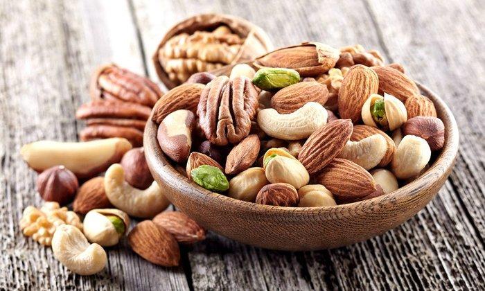Có nhiều loại hạt giúp tăng cân