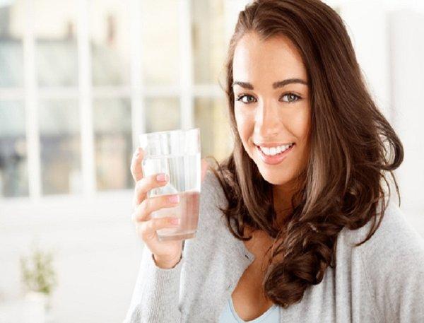 Tăng cường bổ sung nước cho cơ thể