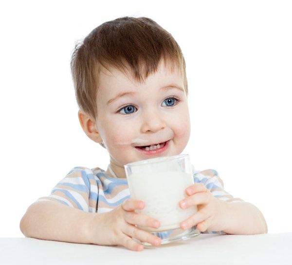 Trẻ nhỏ có nên sử dụng sữa thể hình để tăng cân không